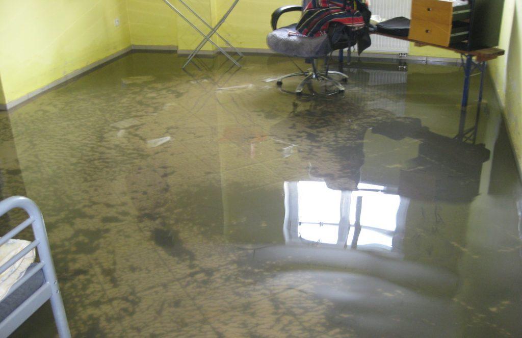 zalanie domu